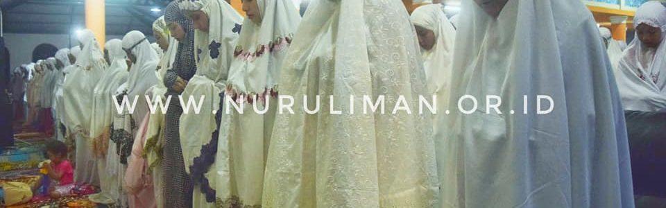 Solat Gerhana Bulan di Al Ashriyyah Nurul Iman