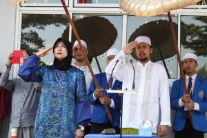 Nurul Iman resmikan Kampus Biru setelah melewati proses perbaikan.  Acara ini pun digelar dengan upacara bendera bulanan, Senin, 23 Maret 2015.