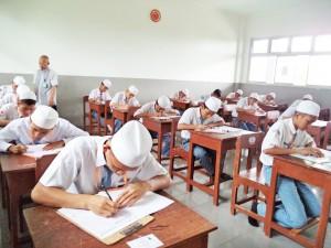 SMA Al Ashriyyah Nurul Iman Langsungkan Ujian Nasional 2015