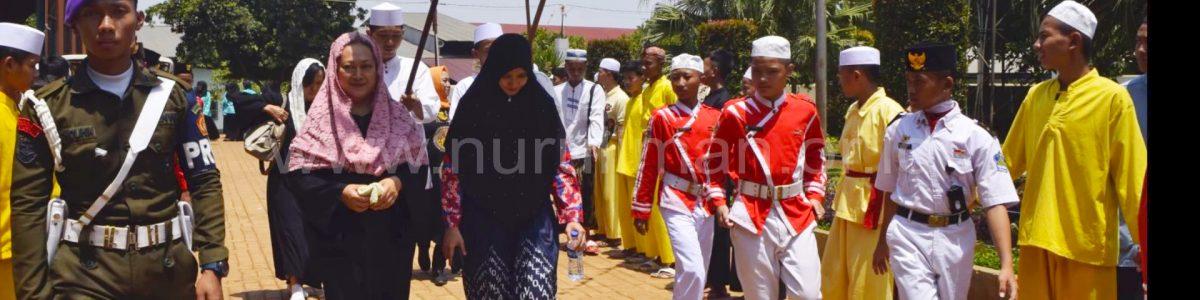 Kunjungan Ibu Mamiek Soeharto ke Nurul Iman